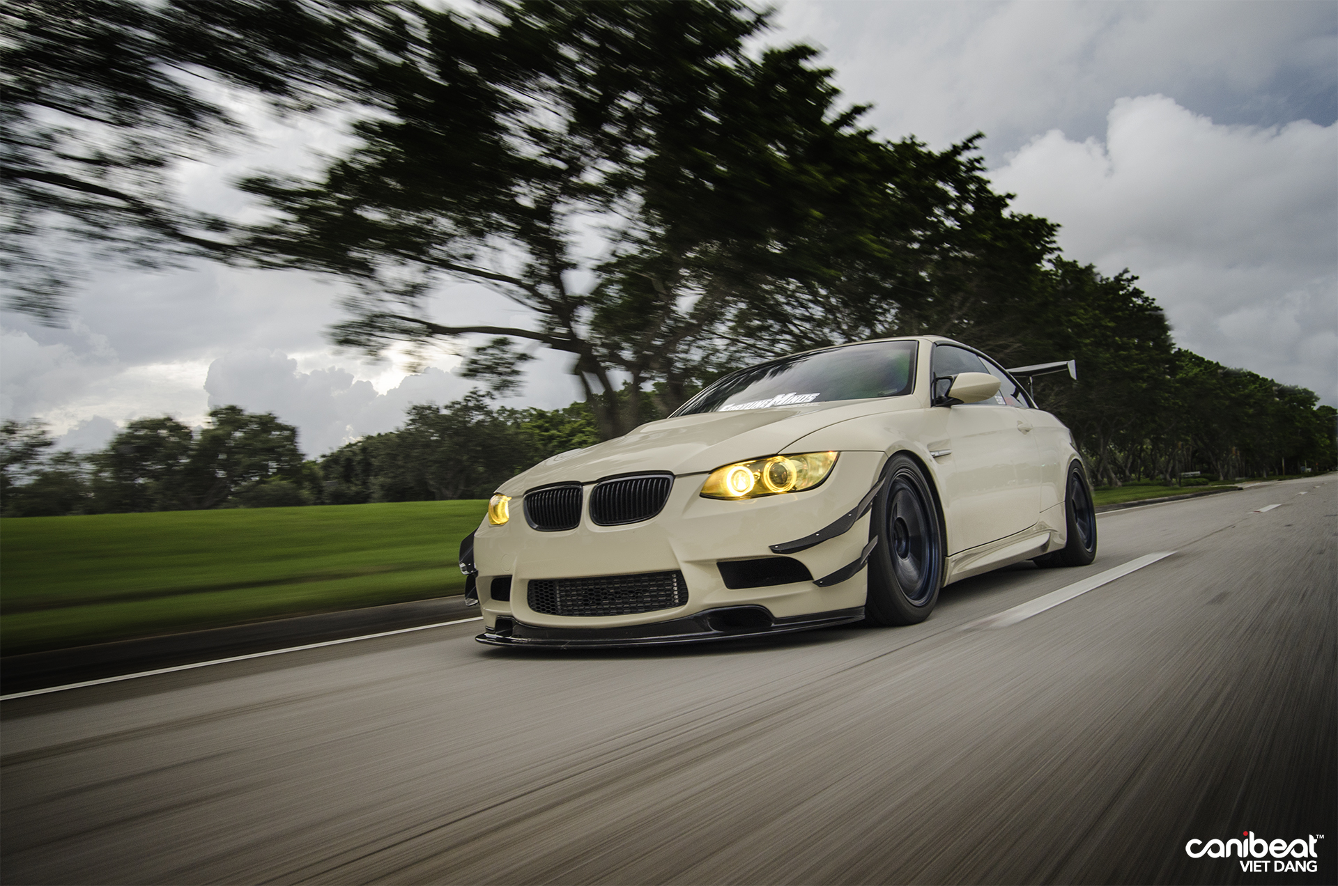 Bmw E93 335i Jdm Syle By John Diep Stiri Bmw Tuning Bmw