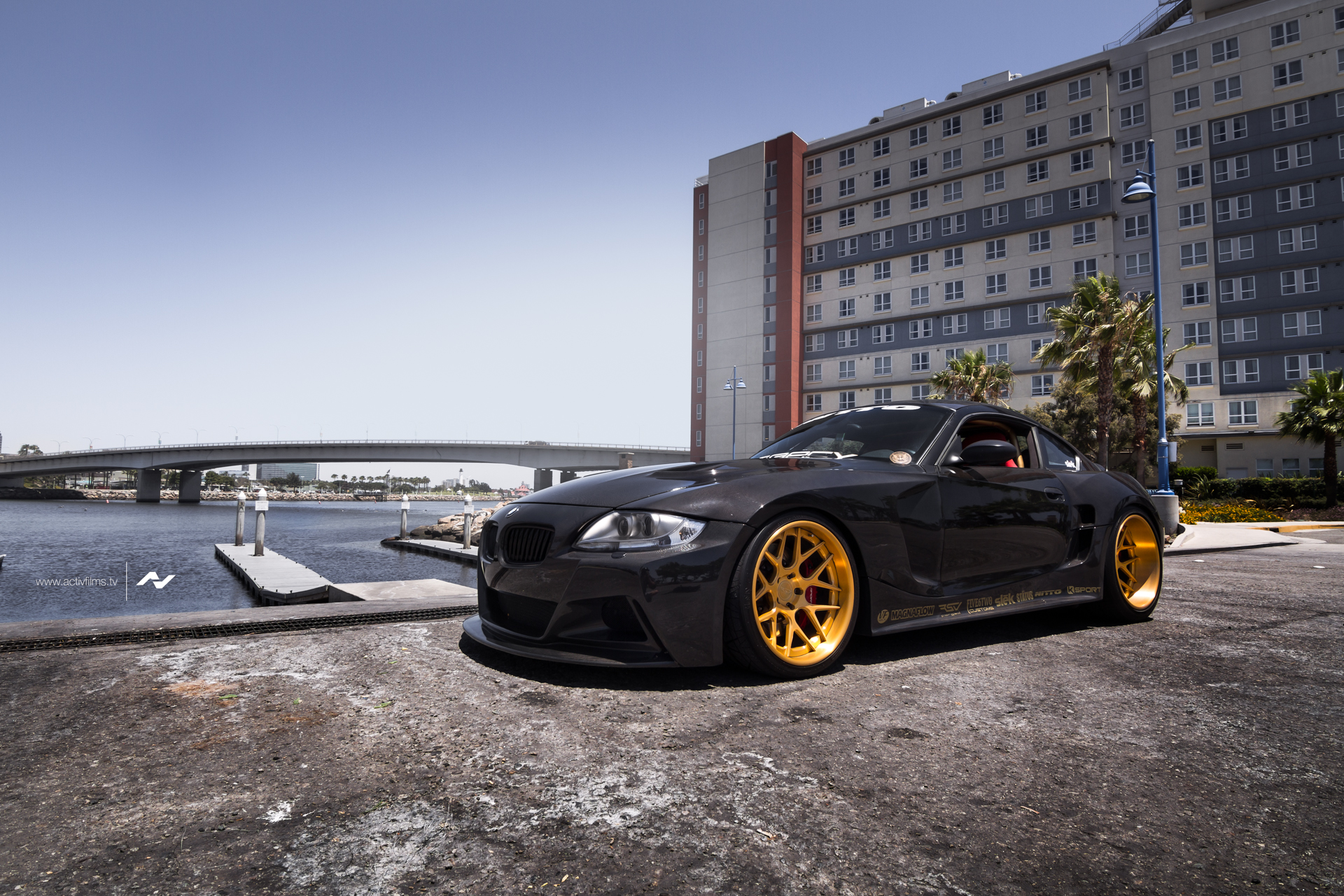 BMW Z4 M E86 by Slek Design